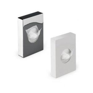 Dispensere pentru pungi igienice.